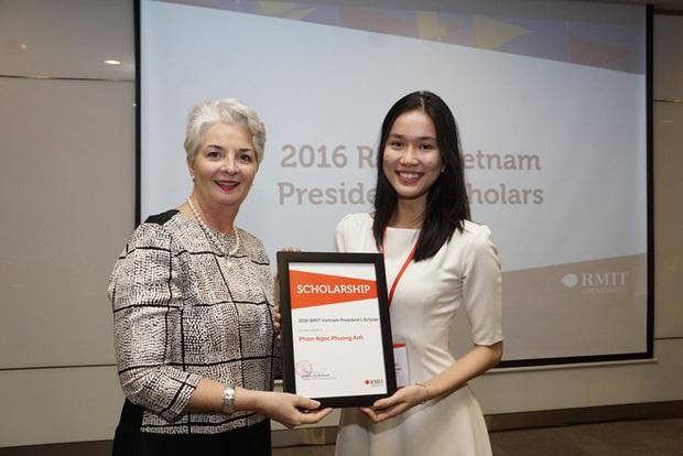 2 gái xinh RMIT lọt vào bán kết Hoa hậu Việt Nam: Người du học Anh năm 16 tuổi, người giành học bổng đại học toàn phần  - Ảnh 4.