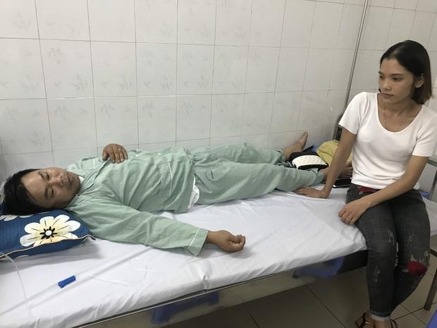 """Nhân viên phụ xe bị đánh gục giữa lòng Hà Nội: """"Tôi không ngờ họ lại đánh mình dã man đến thế"""" - Ảnh 2."""