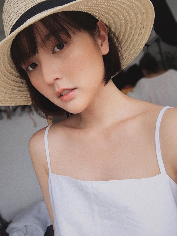Tất tần tật về nữ diễn viên độc quyền của công ty Sơn Tùng M-TP: Không cần ngực khủng vẫn quá sexy, nàng thơ khí chất mê mẩn! - Ảnh 6.