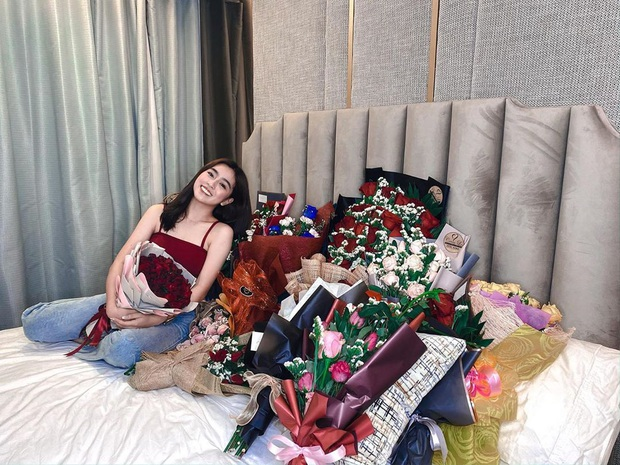 Ái nữ nhà siêu giàu châu Á sau gần 1 năm từ sinh nhật khủng: Khoe hàng hiệu đều đều, úp mở chuyện có bạn trai - Ảnh 6.