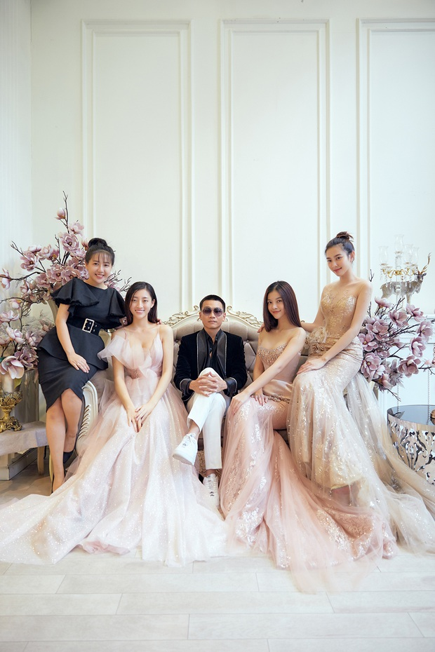 Khoảnh khắc hội ngộ gây sốt: Wowy (Rap Việt) gặp Lona (King Of Rap) và Hoa hậu Lương Thùy Linh, e ấp giữa cả bầu trời visual - Ảnh 2.