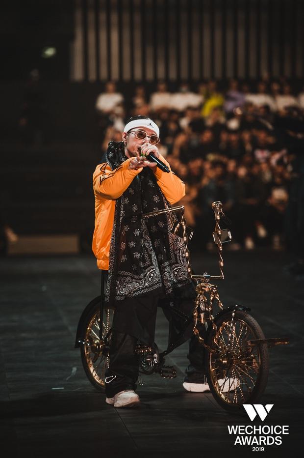 Trấn Thành gọi màn đối đầu của R.Tee và Ricky Star là lịch sử, chắc do anh chưa xem siêu sân khấu Hip-hop Tribute này rồi? - Ảnh 5.