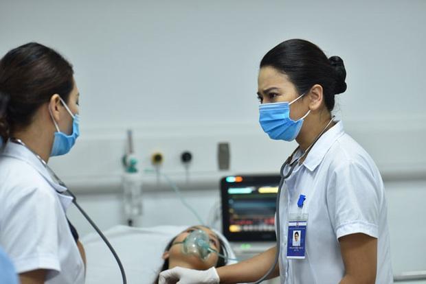 Lửa Ấm no gạch dù mới lên sóng 2 tập: Vừa mệt mỏi màn nhả thoại nghe như đọc, lúc thì sốt ruột dùm bệnh nhân đang cơn nguy kịch - Ảnh 1.