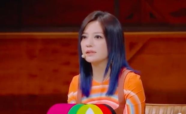 Triệu Vy lao thẳng No.1 hot search Weibo khi đòi công bằng cho diễn viên nữ trên sóng truyền hình! - Ảnh 1.