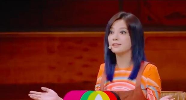 Triệu Vy lao thẳng No.1 hot search Weibo khi đòi công bằng cho diễn viên nữ trên sóng truyền hình! - Ảnh 2.