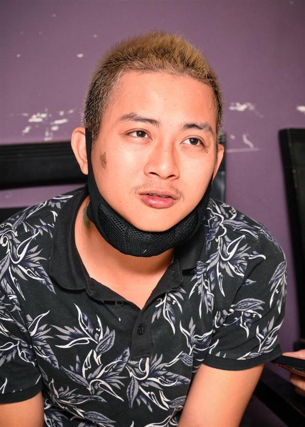Lâu lắm mới lộ diện, Hoài Lâm gây xôn xao MXH với hình ảnh phì phèo thuốc lá, nhả khói phản cảm ngay trên livestream - Ảnh 5.