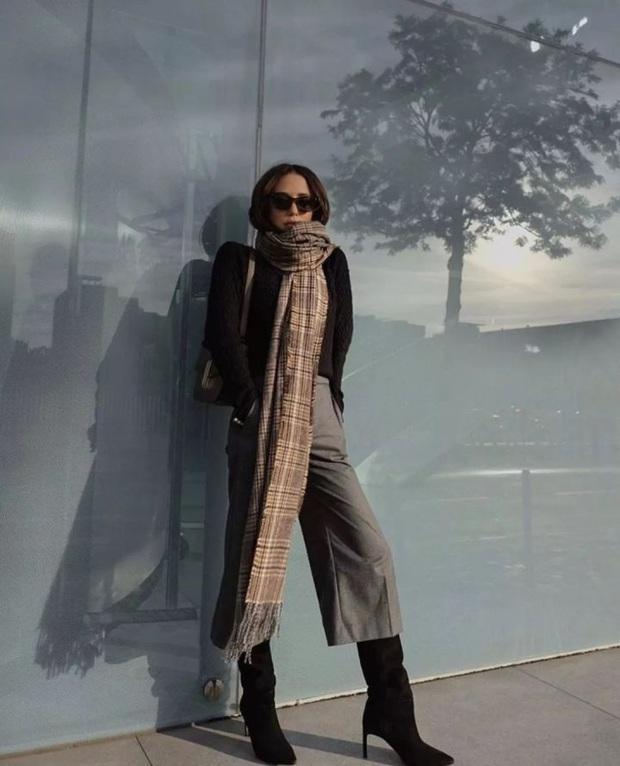 Nàng blogger chỉ cao 1m55 vẫn mặc đẹp và sang quá, đồng nghiệp khen tới tấp lại còn thi nhau copy theo - Ảnh 4.