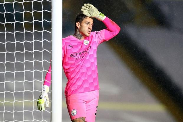 Hàng thủ tiếp tục mắc lỗi, ông lớn Man City hòa thất vọng trước tân binh Leeds - Ảnh 7.