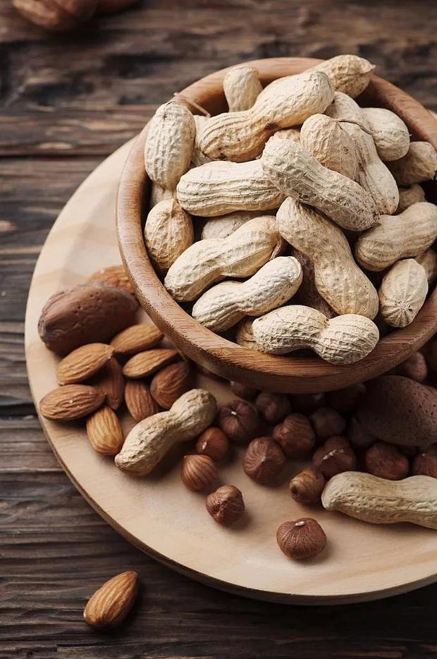 Các loại hạt rất giàu chất dinh dưỡng nhưng có 6 điều cấm kị khi ăn, nếu phạm phải có thể ảnh hưởng xấu đến sức khỏe - Ảnh 3.