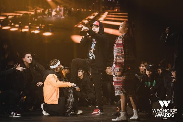 Trấn Thành gọi màn đối đầu của R.Tee và Ricky Star là lịch sử, chắc do anh chưa xem siêu sân khấu Hip-hop Tribute này rồi? - Ảnh 3.