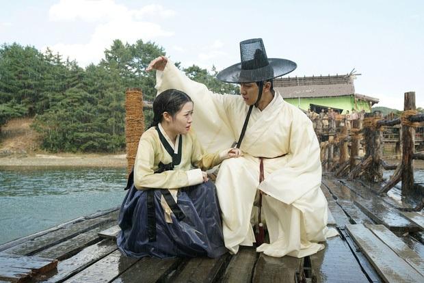 Hội trai Hàn hốt nhầm kịch bản - rước liền bom xịt ngay thềm nhập ngũ: Trước có Lee Min Ho, giờ đã thêm Park Bo Gum rồi! - Ảnh 13.