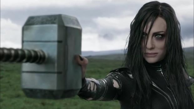 Dàn sao Lọ Lem một thời giờ bén lửa liên tục vũ trụ Marvel, nữ chính tìm được hoàng tử đời thực cho mình luôn! - Ảnh 21.