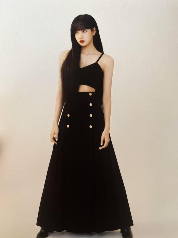 Đẳng cấp đại sứ của Lisa: Biến chiếc váy kín bưng tẻ nhạt thành sexy khó cưỡng, đè bẹp người mẫu runway - Ảnh 6.