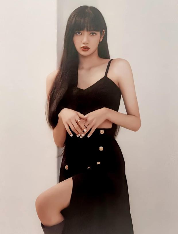 Đẳng cấp đại sứ của Lisa: Biến chiếc váy kín bưng tẻ nhạt thành sexy khó cưỡng, đè bẹp người mẫu runway - Ảnh 5.