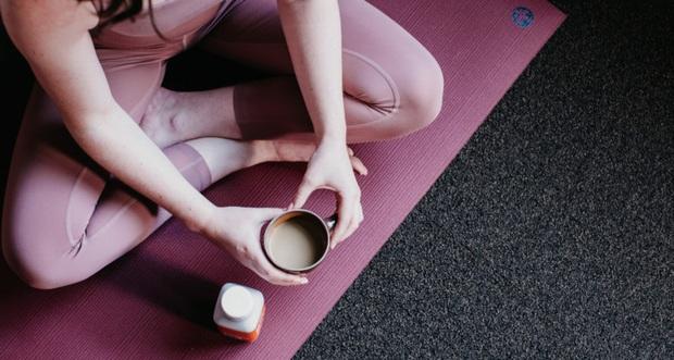 Uống cà phê có thể giúp đốt cháy chất béo và giảm cân nhưng quan trọng là bạn phải tuân thủ đúng 5 nguyên tắc - Ảnh 2.