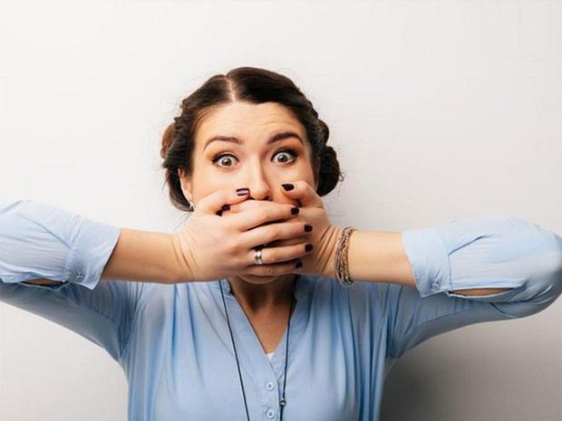 Có 4 phần cơ thể chuyển sang màu đen và 2 phần bốc mùi hôi thối là dấu hiệu hàng đầu cảnh báo bệnh gan - Ảnh 6.