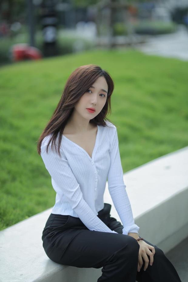 Mina Young phải ngừng livestream vô thời hạn, cộng đồng mạng chia nhiều phe phái, tranh cãi nảy lửa - Ảnh 3.