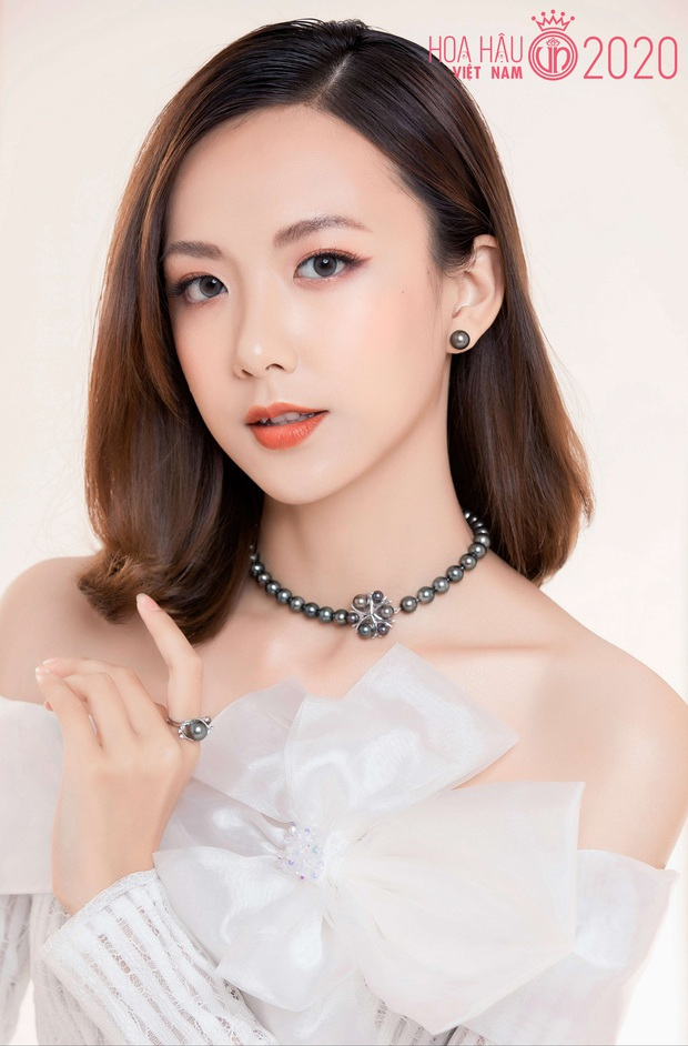 """Top 60 thí sinh Hoa hậu Việt Nam """"biến hình"""" trong bộ ảnh mới, khiến dân tình ngẩn ngơ khi diện áo dài khoe body đáng gờm - Ảnh 5."""
