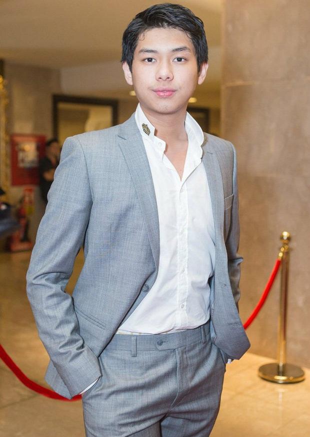 HOT: Con trai út tỷ phú Johnathan Hạnh Nguyễn hẹn hò bản sao Châu Bùi tại HHVN 2020 với rổ bằng chứng? - Ảnh 7.