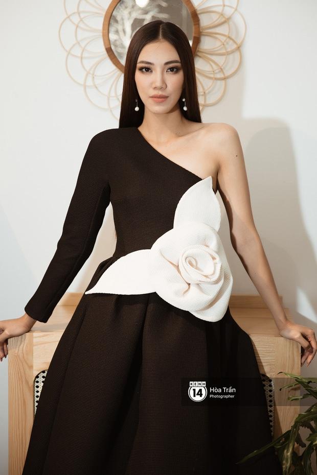 Netizen xôn xao về nhan sắc ngày càng khác lạ của Á hậu Kim Duyên - Ảnh 4.