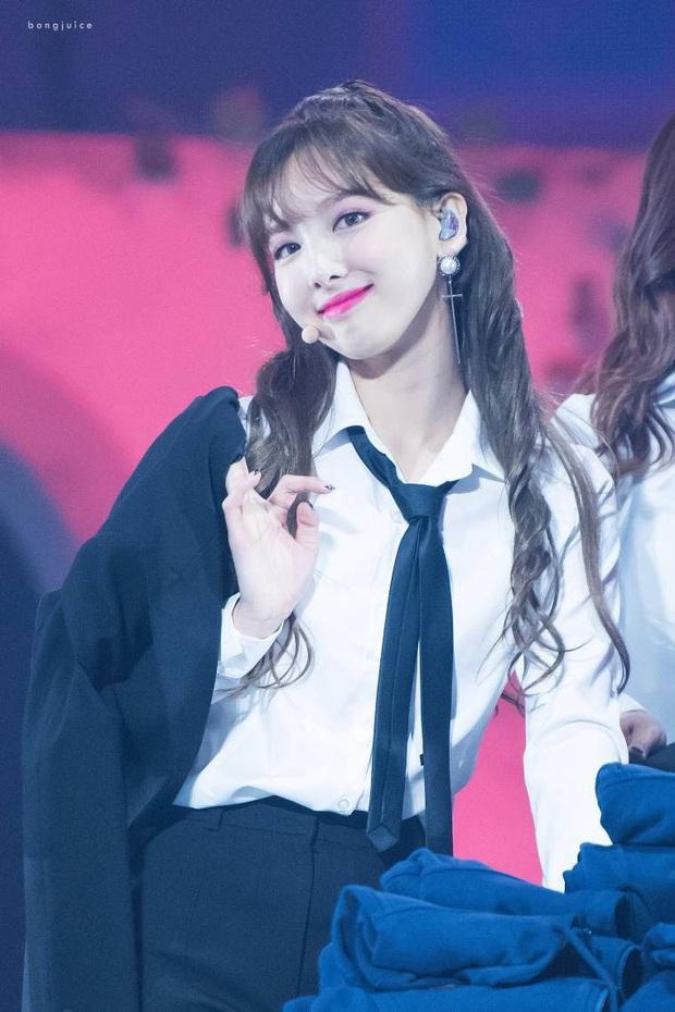 Nam giới Nhật chọn ra 10 nữ idol Kpop đẹp nhất: Hoa hậu Jisoo (BLACKPINK) thua nữ thần nhà SM, nhóm nào gần thầu cả BXH? - Ảnh 5.