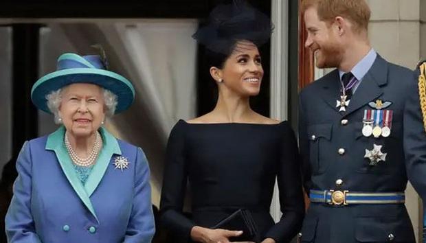 Vợ chồng Meghan Markle dính nghi án lừa dối công chúng liên quan đến sự chào đời của bé Archie và không muốn đón Giáng sinh cùng hoàng gia  - Ảnh 1.