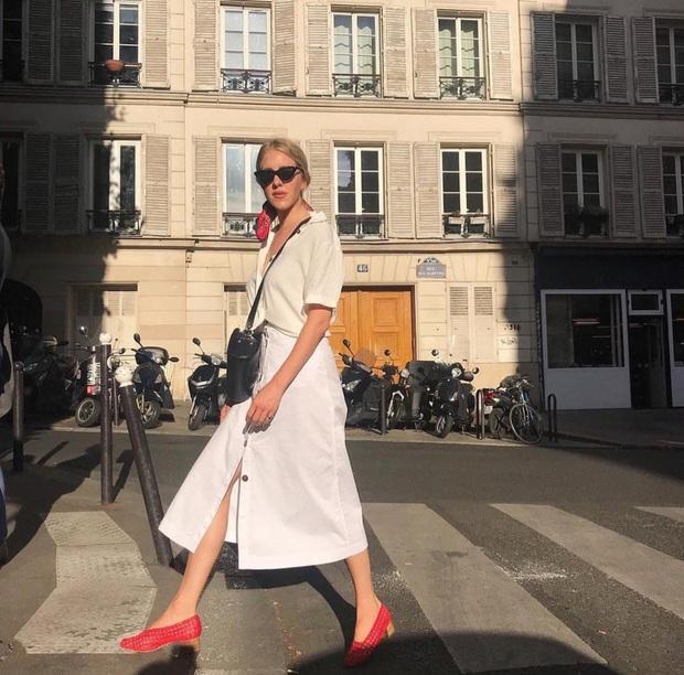 Hãy sắm 1 đôi giày đỏ: Style của bạn sẽ được nâng tầm sang chảnh như gái Pháp - Ảnh 8.