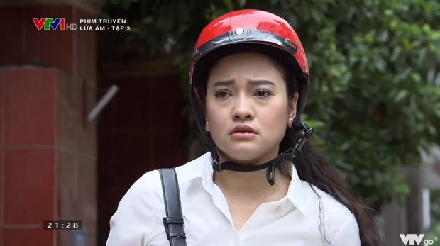 Mẹ chồng quốc dân NSND Lan Hương bị xóm giềng xanh lá vì con dâu ở Lửa Ấm tập 3 - Ảnh 7.