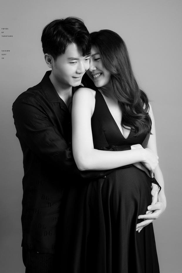 Thuý Vân khoe bụng to rõ, được chồng tặng quà nửa tỷ trước khi sinh: Không phải đồ hiệu nhưng mẹ bầu mê mẩn - Ảnh 4.
