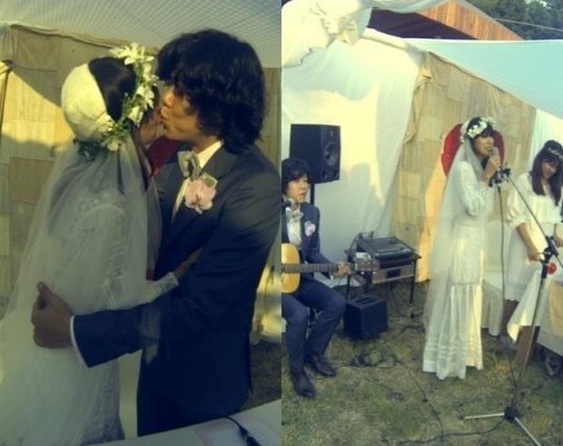 Lee Hyori cuối cùng đã tung clip bên trong đám cưới bí mật 7 năm trước: Cô dâu tu bia sau khi thề nguyện, khóa môi cực tình - Ảnh 8.
