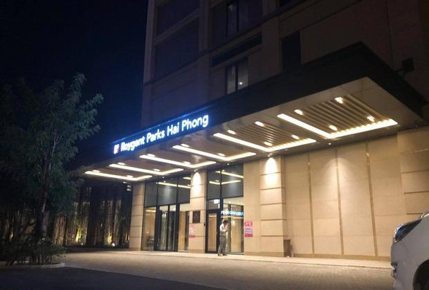 Phong tỏa một tầng khách sạn 5 sao ở Hải Phòng vì ca nghi nhiễm COVID-19 - Ảnh 1.