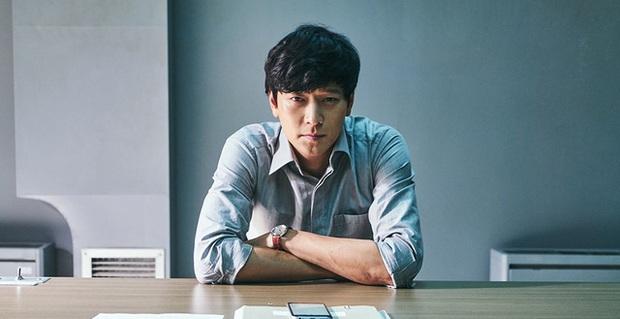 10 lần sao Hàn gặp tai nạn nghiêm trọng ở phim trường: Lee Min Ho bay móng chân vì lao vào bùn, Kim Hae Ae xém bị sóng cuốn mất xác - Ảnh 1.