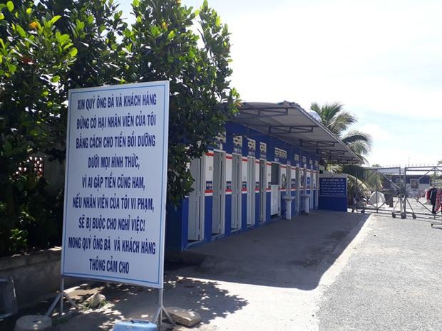 Cận cảnh cây xăng có các slogan độc nhất vô nhị ở An Giang - Ảnh 3.