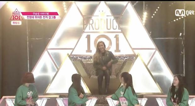 """Kpop có 4 """"lời nguyền"""" khiến cả giới idol e sợ: Con số 7 năm tan rã, rùng mình poster nhà YG kéo theo loạt scandal chấn động - Ảnh 7."""