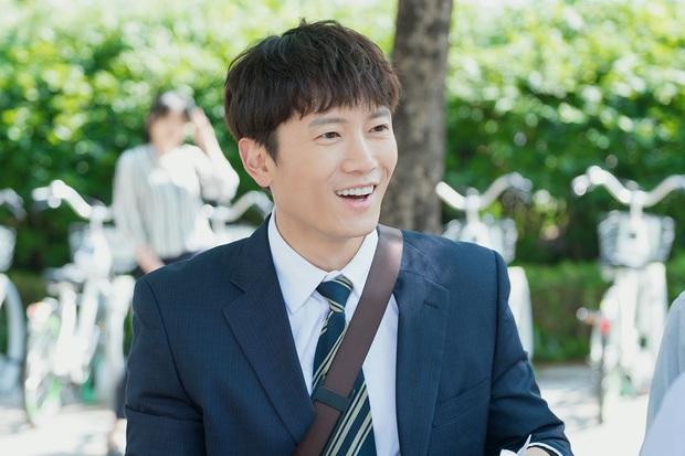 """Dàn Sao Kill Me Heal Me sau 5 năm: Park Seo Joon lên hàng """"ông hoàng màn ảnh"""", Hwang Jung Eum sự nghiệp lẫn tình duyên đều lao dốc - Ảnh 8."""