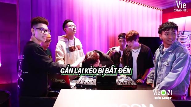 Team Karik quậy banh nóc trong hậu trường Rap Việt, đến nỗi làm hỏng bàn mixer của DJ Mie khiến cô nàng quạu to đầu - Ảnh 3.