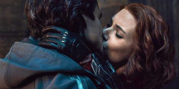 5 nụ hôn nóng mắt nhất phim Marvel: Đội trưởng Mỹ khiến fan trợn tròn vì khoá môi cháu gái bồ cũ? - Ảnh 8.