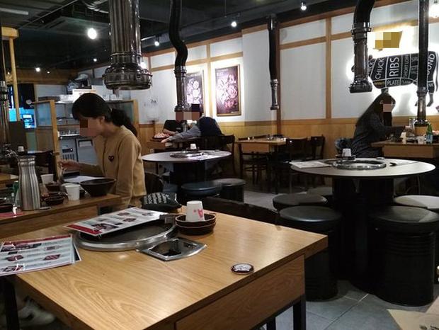 Không nhận khách nữ vì thường ngồi lâu và ít gọi đồ uống, nhà hàng Hàn Quốc bị cư dân mạng chỉ trích dữ dội vì phân biệt giới tính - Ảnh 2.