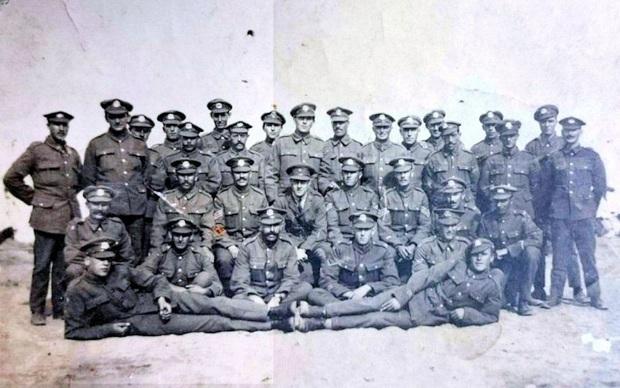 Vụ mất tích bí ẩn của 267 binh sĩ trung đoàn Norfolk, nghi do UFO bắt cóc và sự thật được hé lộ sau một thế kỷ - Ảnh 3.