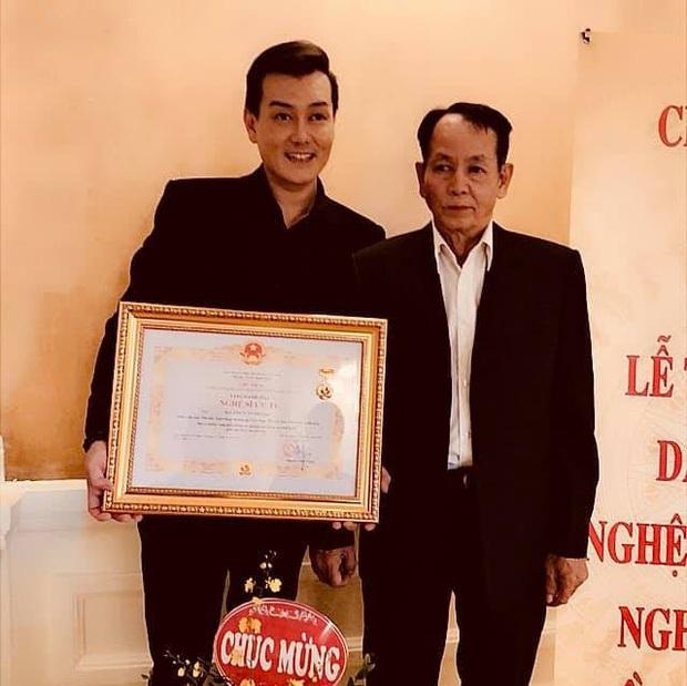 Ca sĩ Tuấn Phương qua đời sau hơn 3 tháng chiến đấu với căn bệnh viêm màng não quái ác - Ảnh 3.