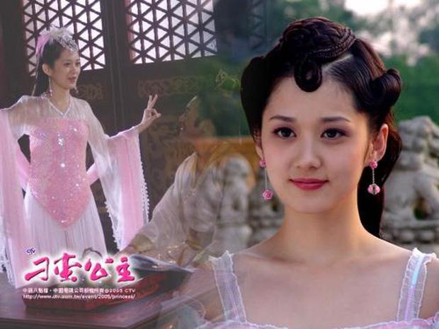 Dàn sao School 2013 sau 7 năm: Kim Woo Bin bỏ lỡ thời hoàng kim để chữa ung thư, Jang Nara trẻ hoài trẻ mãi như ma cà rồng? - Ảnh 2.