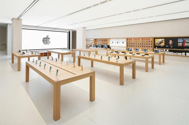 Apple dọn dẹp cửa hàng chờ đón iPhone 12 và loạt sản phẩm mới - Ảnh 1.