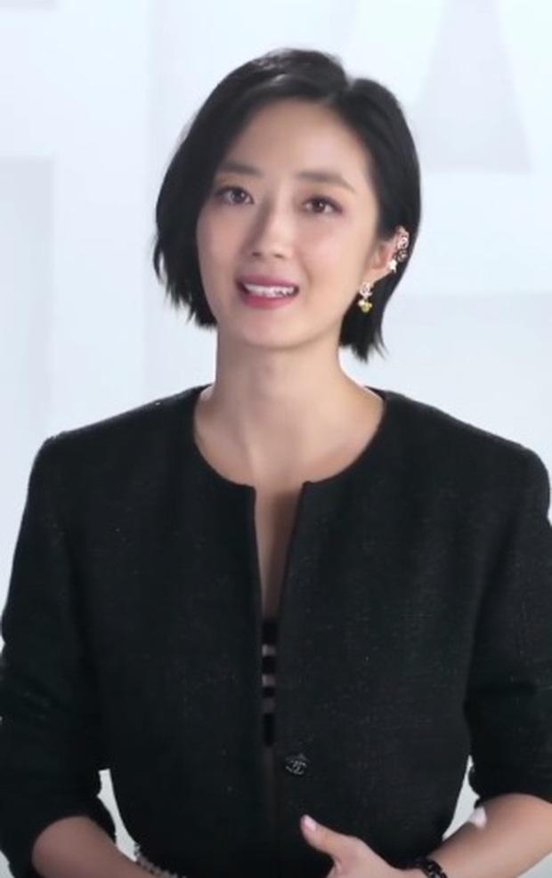 Nhan sắc thật của dàn sao Hoa - Hàn khi đứng chung khung hình: Jennie (BLACKPINK) xuất hiện cực ngầu nhưng sao tình đầu quốc dân Nhật lại kém sắc thế này? - Ảnh 3.