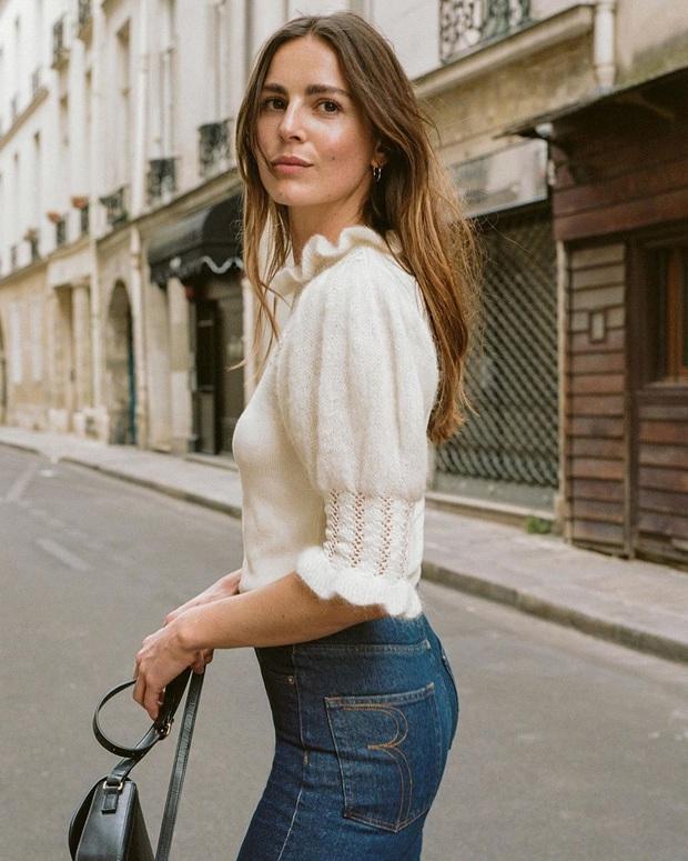 Để đẹp như gái Pháp, nàng công sở Việt hãy học theo 5 cách diện áo len mỏng đẹp đủ mọi đường - Ảnh 3.