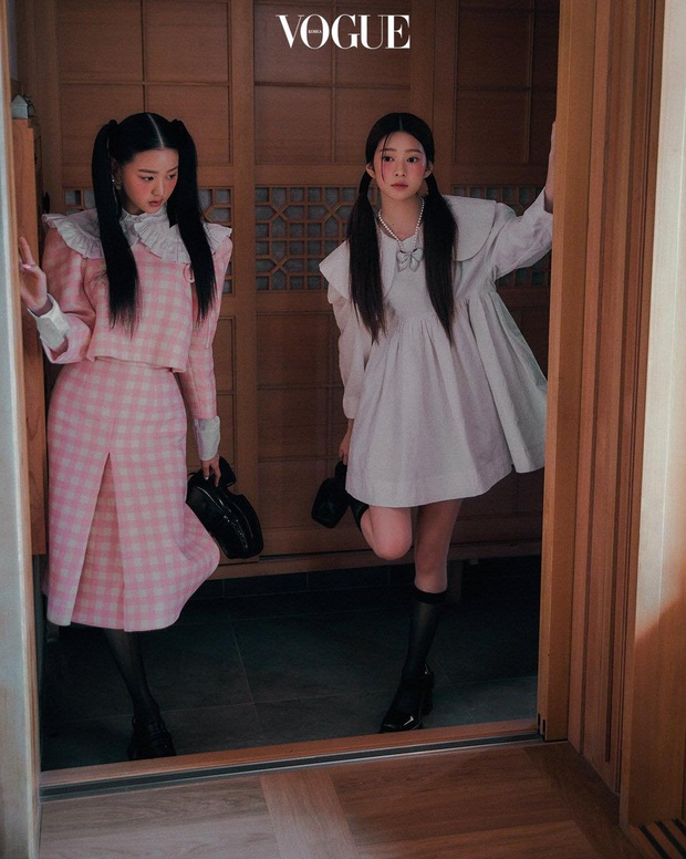 Knet khóc thét vì ảnh tạp chí của 2 nữ thần nhan sắc thế hệ mới: Mặt xinh dáng đẹp nhưng lạ thế này thì cũng xin kiếu! - Ảnh 3.