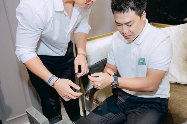 Hoà Minzy chi mạnh tay tậu đồng hồ tiền tỷ, trên thế giới chỉ có 100 cái tặng bạn trai thiếu gia - Ảnh 3.