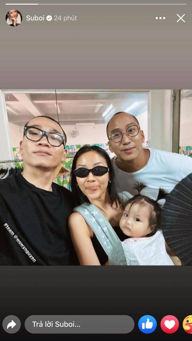 Khoảnh khắc cute xỉu: Team Wowy nạp thêm 2 thành viên... là chồng và con gái Suboi, vẻ đáng yêu của bé giật trọn spotlight - Ảnh 2.