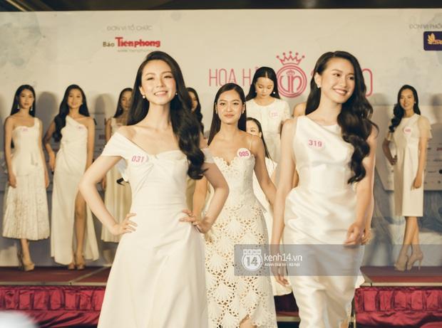 Loạt ảnh bóc hình thể thật của top 60 Hoa hậu Việt Nam 2020 trước đêm bán kết: Có thí sinh lộ body không như mơ! - Ảnh 7.