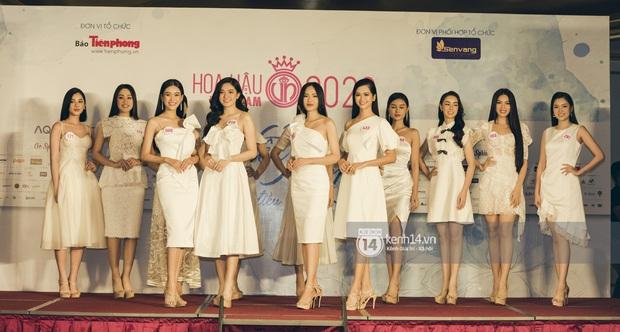 Loạt ảnh bóc hình thể thật của top 60 Hoa hậu Việt Nam 2020 trước đêm bán kết: Có thí sinh lộ body không như mơ! - Ảnh 4.