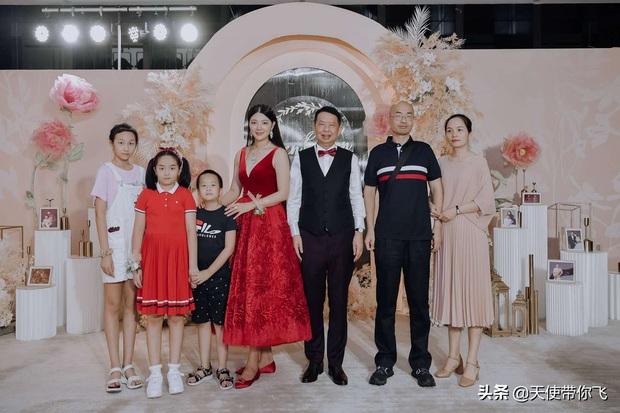 Cô dâu hot nhất hôm nay: Mẫu nữ cưới trùm vàng U65 sở hữu gia sản 500.000 tỷ, quá khứ phức tạp cùng tuyên ngôn gây tranh cãi - Ảnh 12.